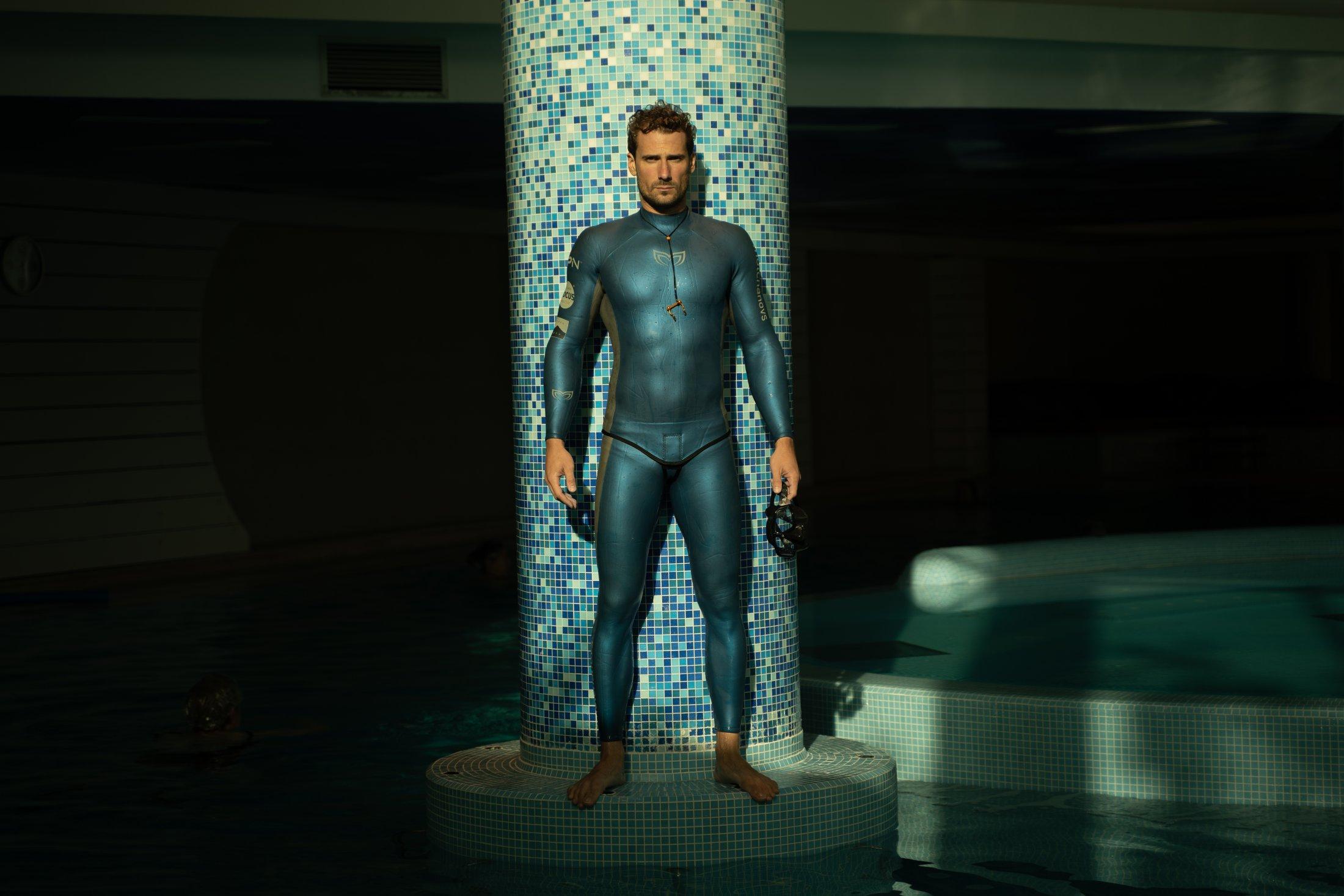 Blue Suit MOLCHANOVS 7